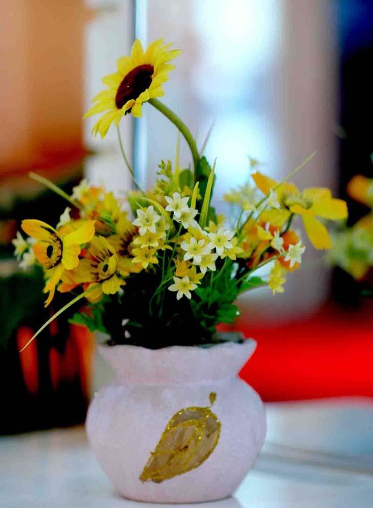 保养一般比较讲究的人家里都会放几瓶鲜花